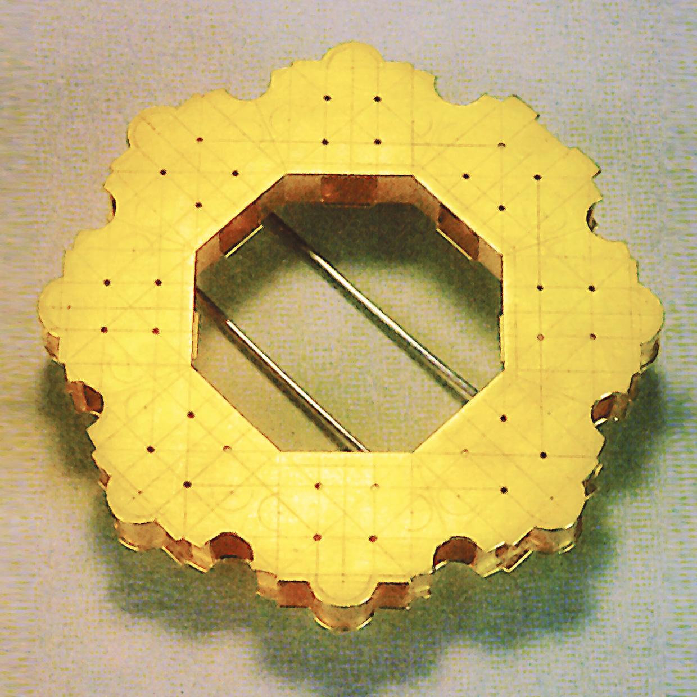 Brosche  1989  Gold  750  D  56  mm