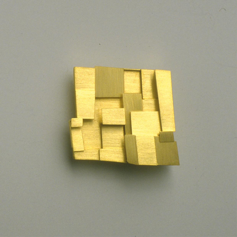 Brosche  1993  Gold  750  32x30  mm