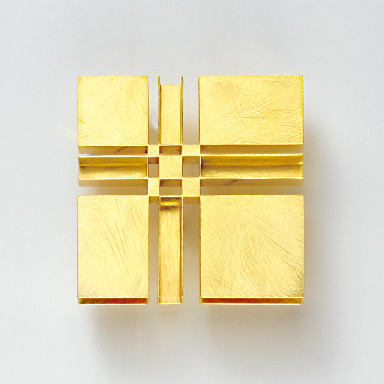 Brosche  2006  Gold  750  45x45  mm