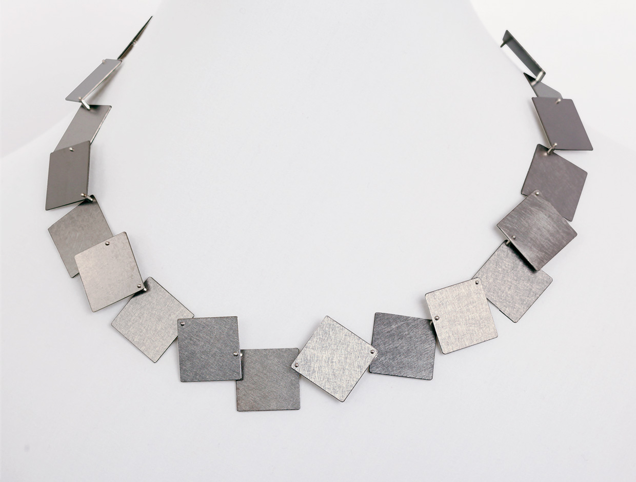 necklace  2011  titan  475x20  mm
