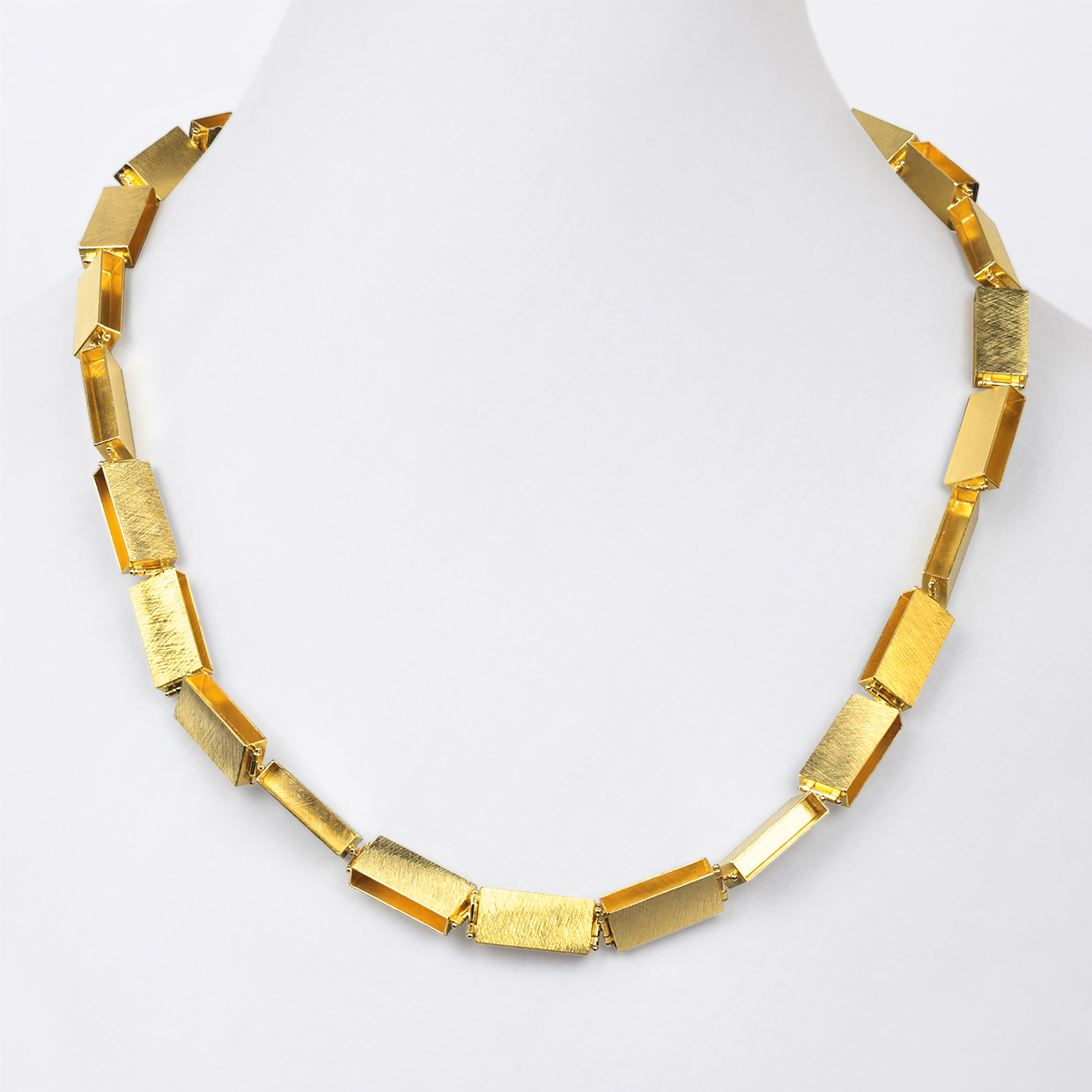 necklace  2013  gold  750  600x10  mm