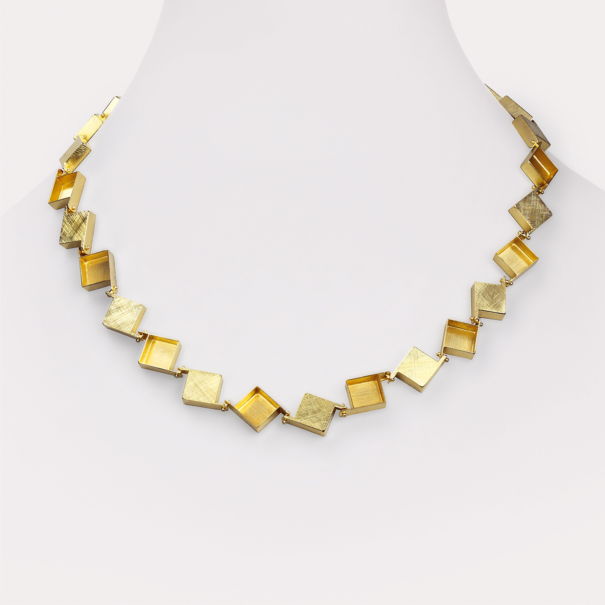 necklace  2015  gold  750  510x13x4  mm