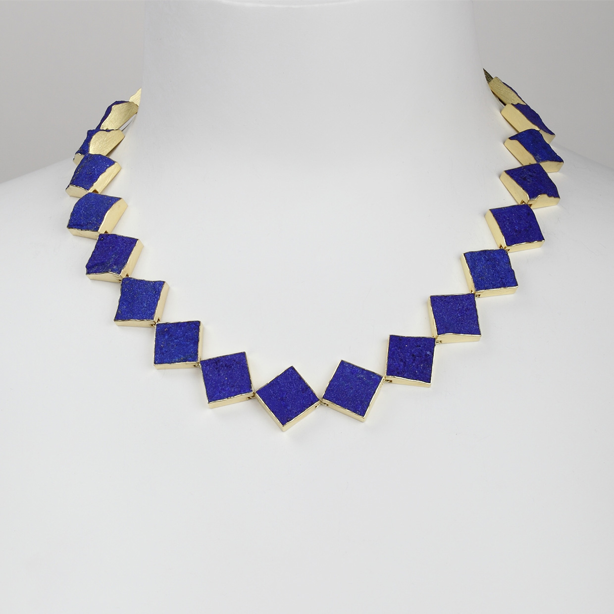 necklace  2017  gold  750  lapislazuli  512x20  mm