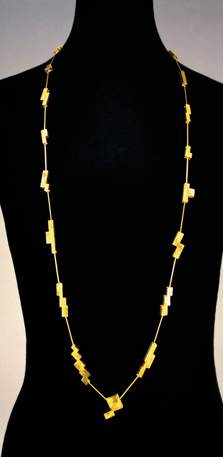 necklace  2004  gold 750  1000x22  mm