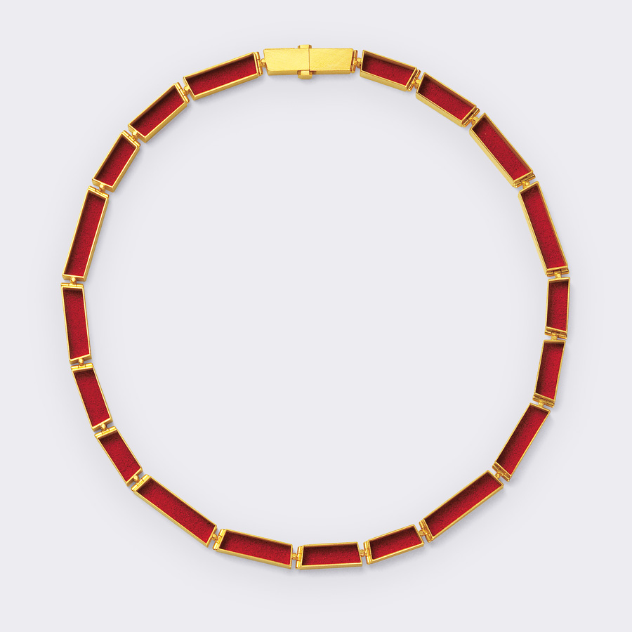 necklace  2008  gold 750  red  pigment  460x7  mm