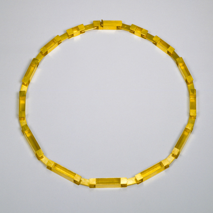 necklace  2003  gold 750  440x6  mm