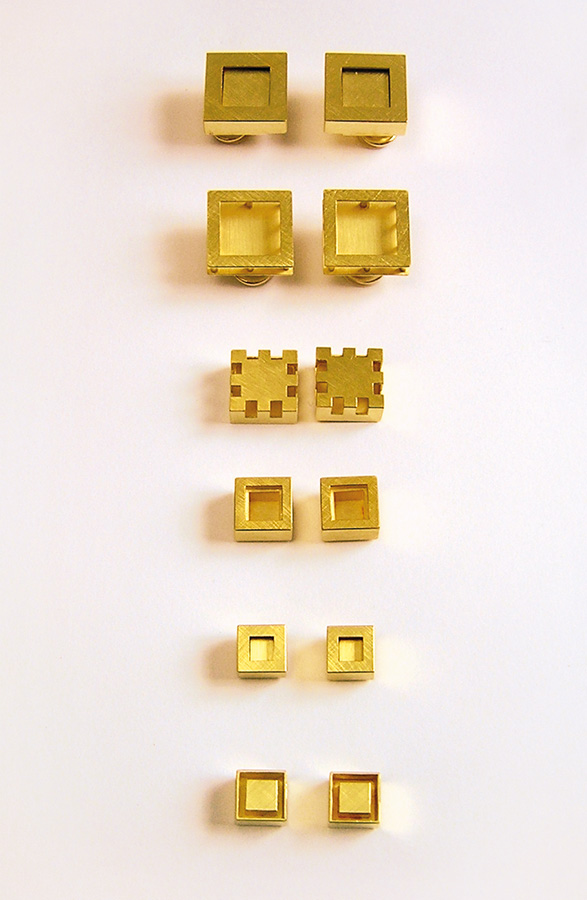 6  earrings  gold 750  10-18  mm