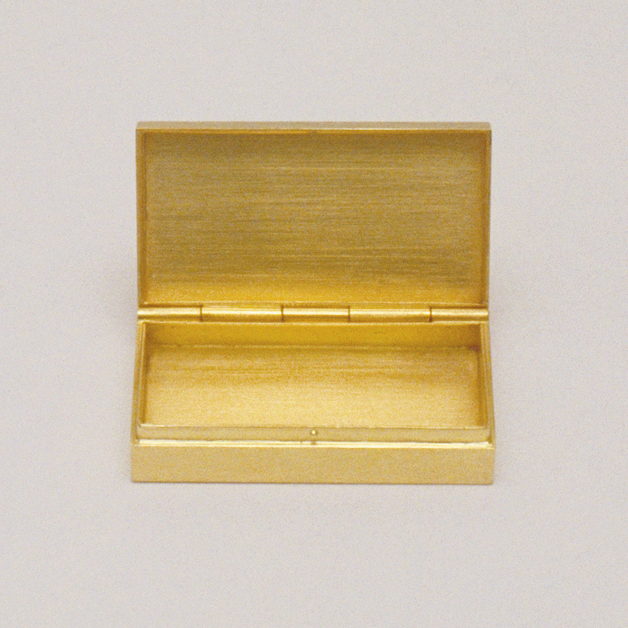 box  2004  gold 750  35x20x8  mm