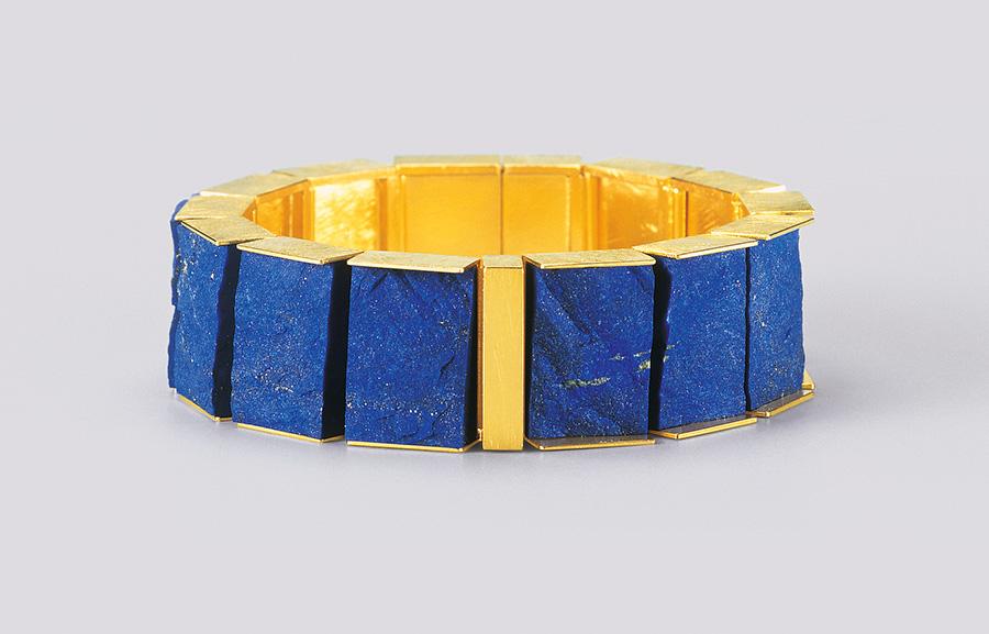 bracelet  2008  gold  750  lapislazuli  178x19  mm