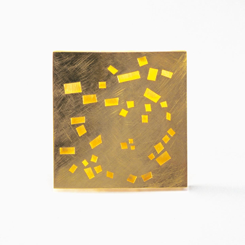 Brosche  2000  Gold  750  46x46  mm