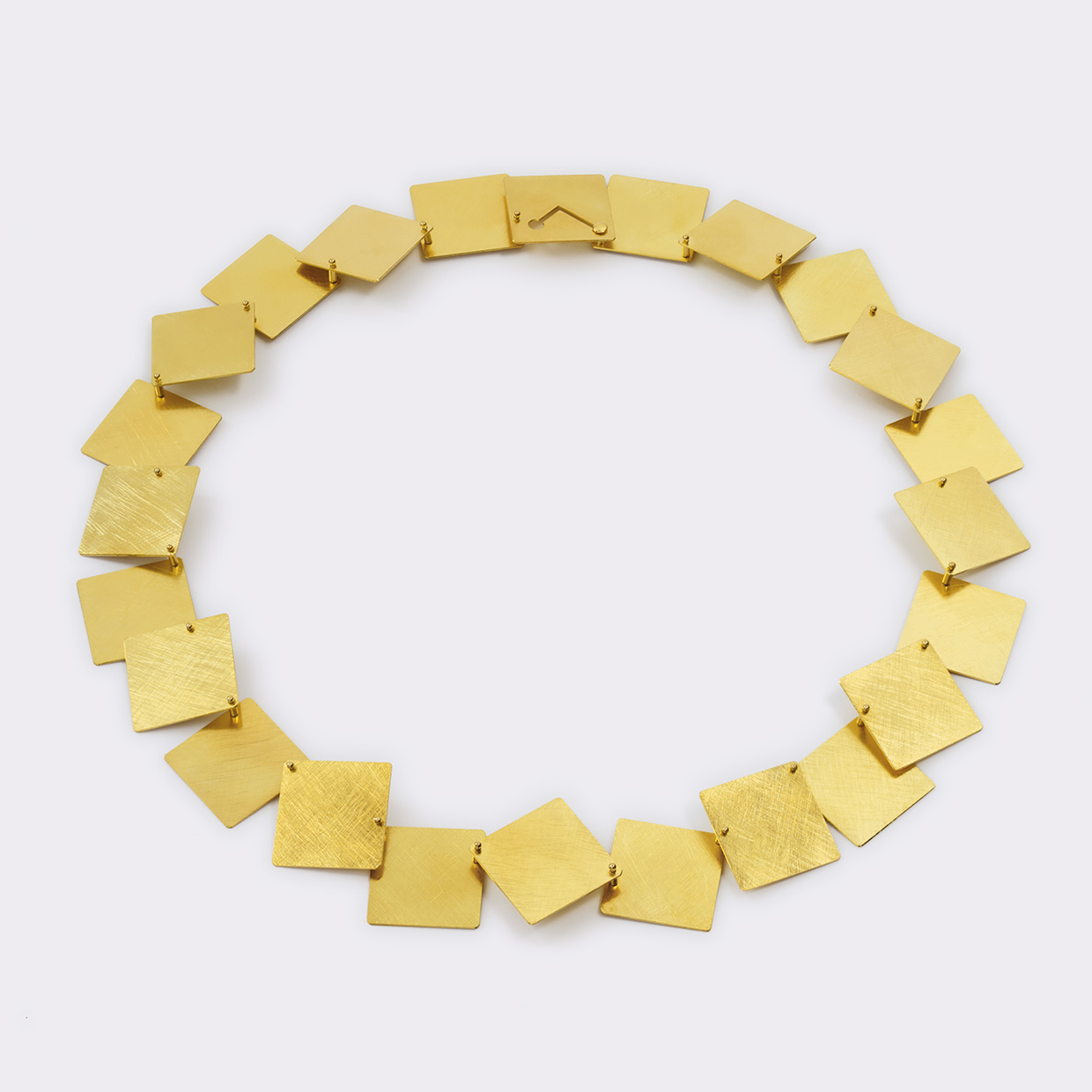 necklace  2011  gold  750  475x20  mm