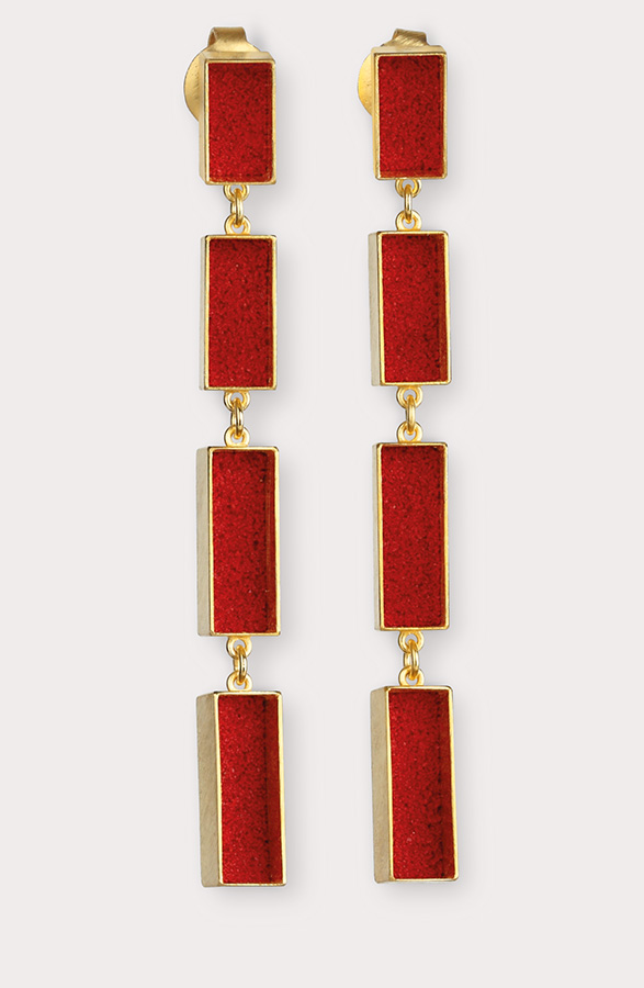 earrings  2013  gold  750  red  pigment  62x5,5  mm