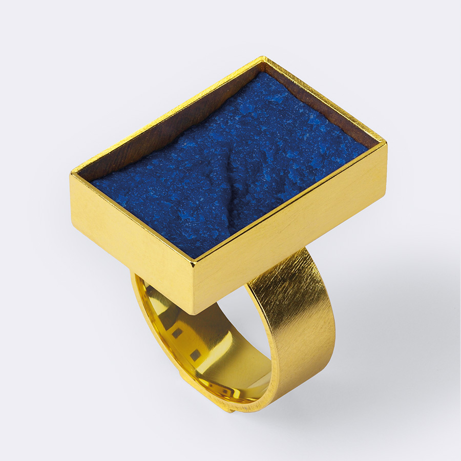 Ring  2013  Gold  750  Lapislazuli  25x18  mm