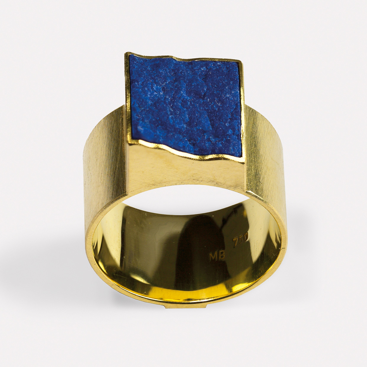 ring  2014  gold  750  lapislazuli  11x11  mm