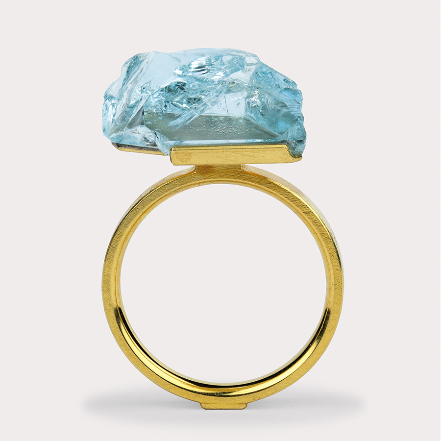 ring  2016  gold  750  aquamarine  16x13  mm