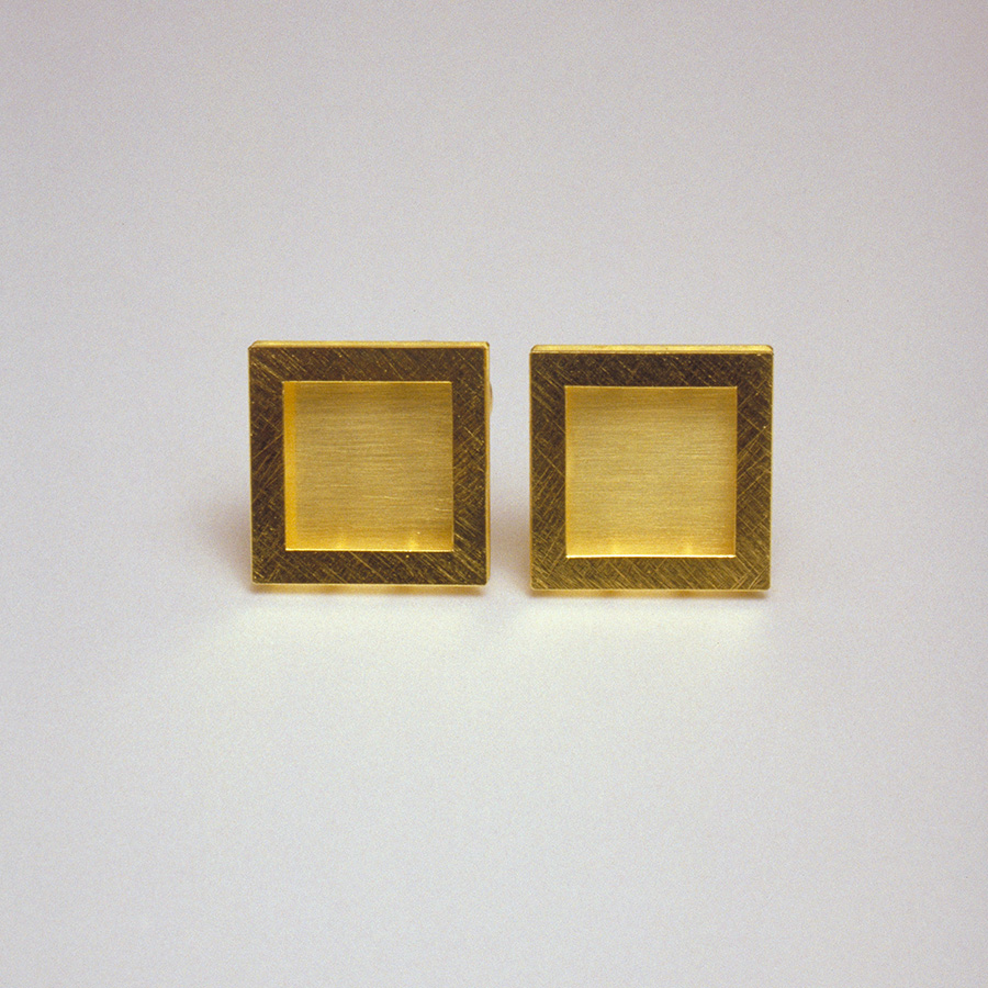 earrings  2004  gold  750  10x10  mm