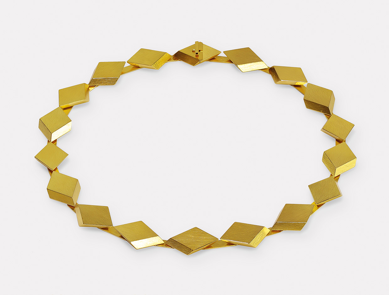 necklace  2019  gold  750  500x20  mm
