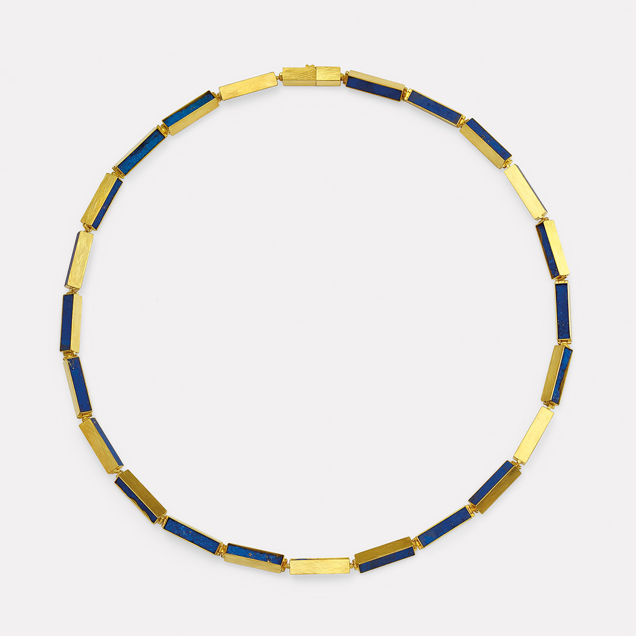 necklace  2019  gold  750  lapislazuli  510x5x5  mm