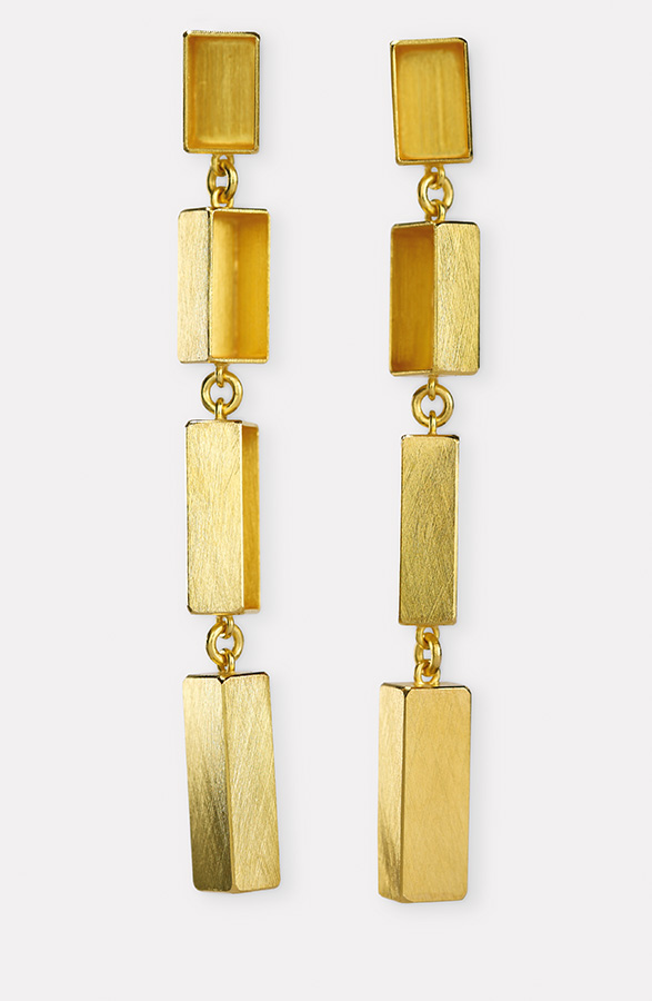 earrings  2019  gold  750  62x6  mm